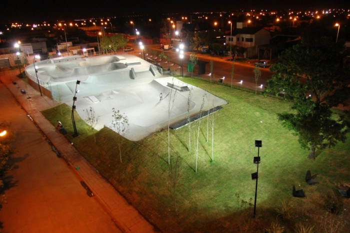 plaza bmx noche