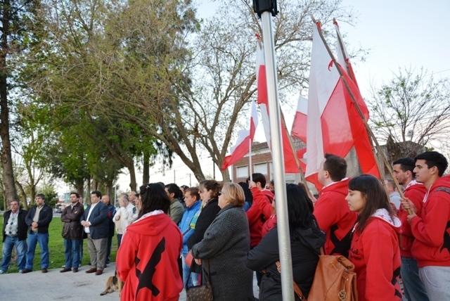 Acto de repudio contra los daños producidos en el monumento a Ricardo Balbín 6