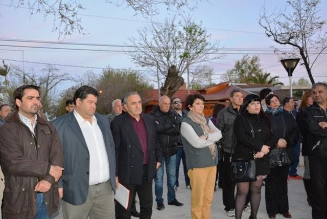 Acto de repudio contra los daños producidos en el monumento a Ricardo Balbín 4