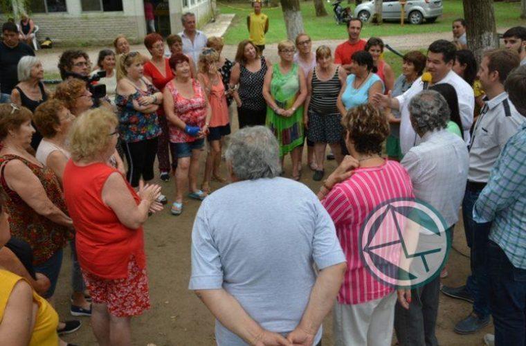 Nedela acompañó a los Adultos Mayores en la Colonia Municipal01