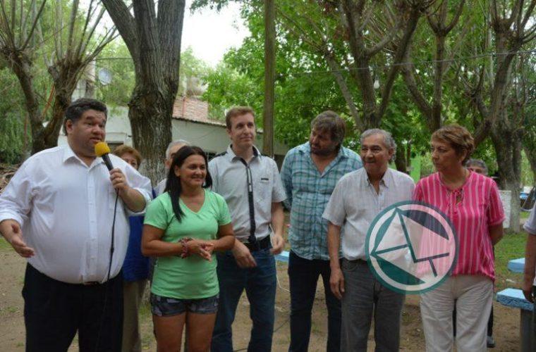 Nedela acompañó a los Adultos Mayores en la Colonia Municipal02
