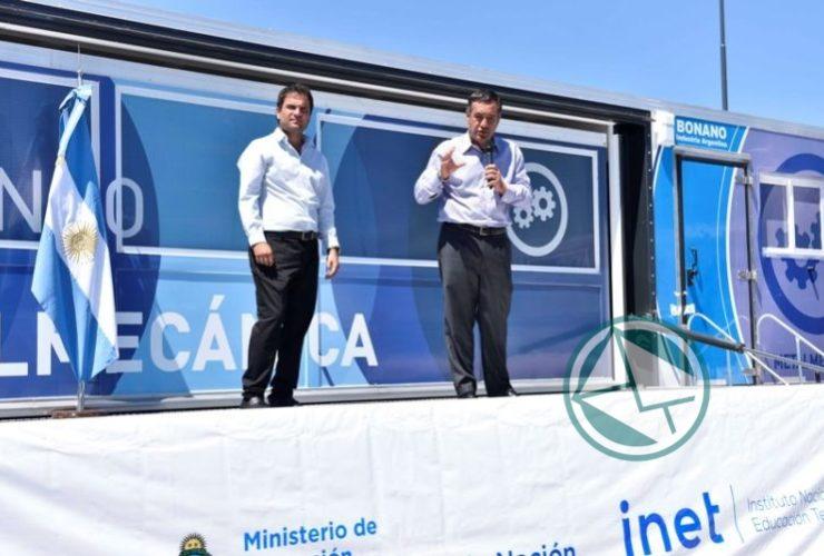 Finocchiaro inauguró cursos de formación profesional en la Matanza 05