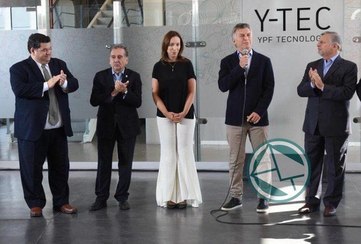 Macri y Vidal recorrieron en Berisso el Y-Tec y el intendnete Jorge Nedela acompañó 02