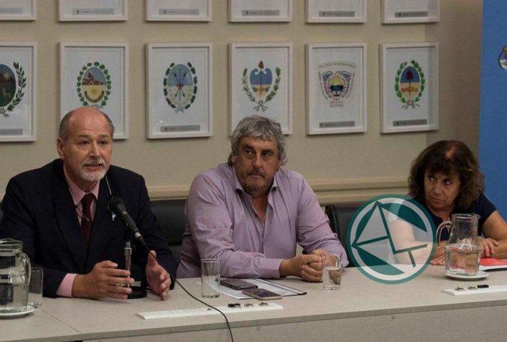 Reunion de Finocchiaro y gremios docentes09