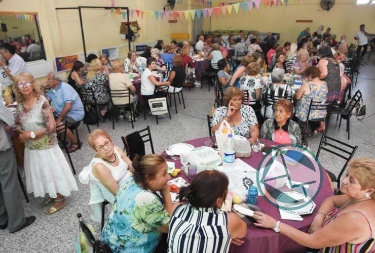 Cierre de la Colonia Municipal de Vacaciones de adultos mayores en Berisso 01
