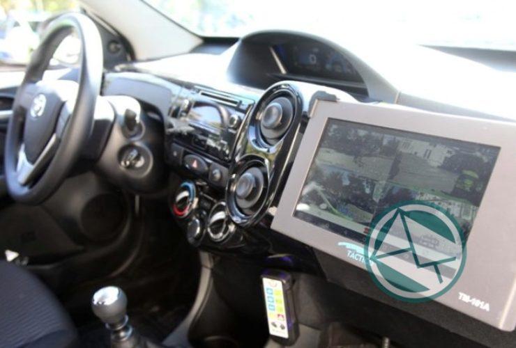 Garro y Ritondo presentaron 30 nuevos móviles policiales para La Plata 03