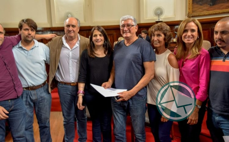 Apoyo del Concejo Deliberante Platense a la lucha de los trabajadores del Astillero 05