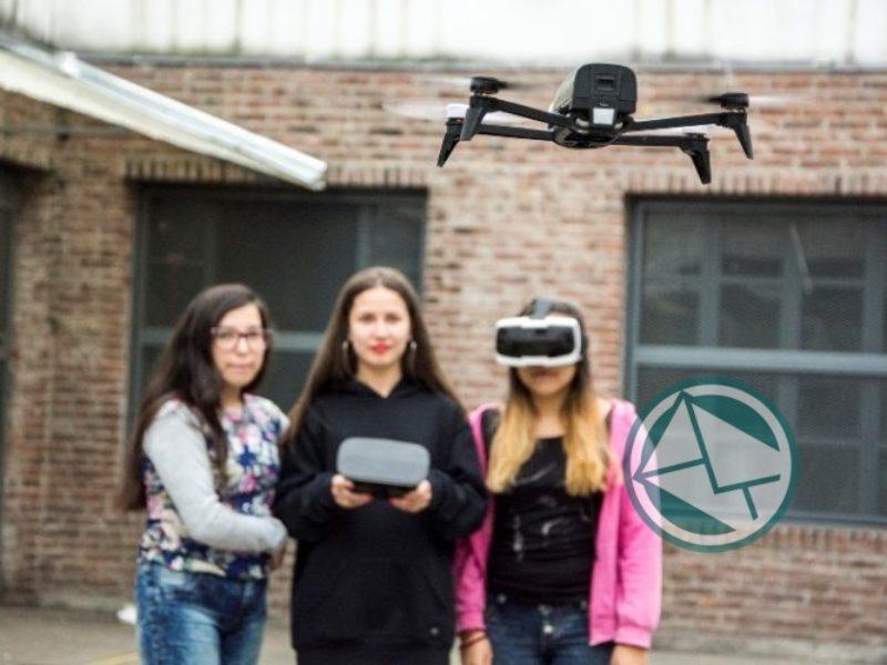 El Ministerio de Educación incentiva el desarrollo de la programación y la robótica en mujeres2