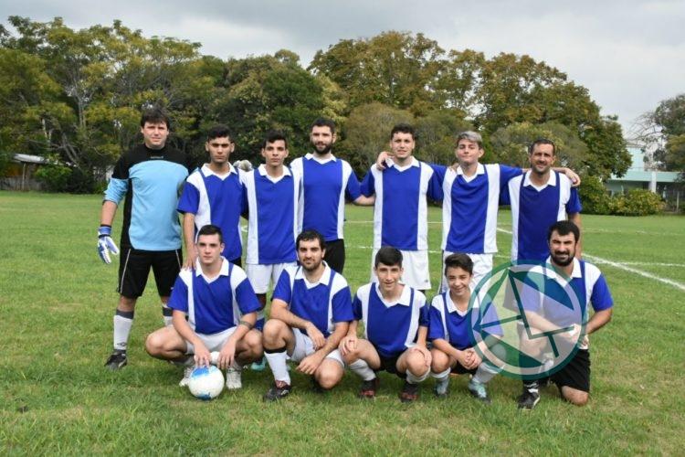 Equipo fútbol de la Colectividad Griega