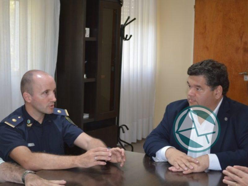 Nedela recibió al designado jefe de la Policía Local1