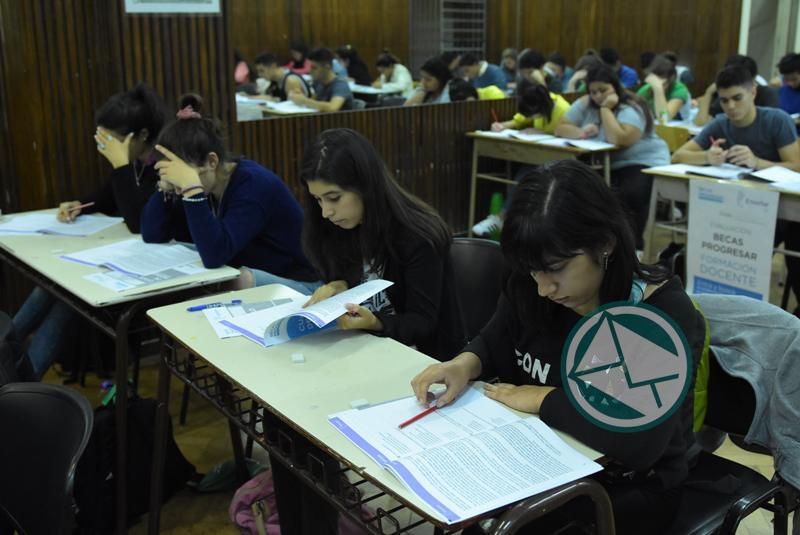 Se evaluó a los aspirantes a las Becas Progresar Formación Docente 3