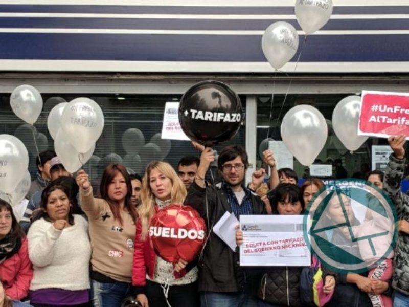 protesta contra el tarifazo en Camuzzi, ABSA y EDELAP