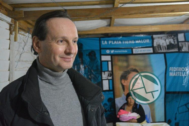 El Ministro francés recorrió La Plata con Federico Martelli 09