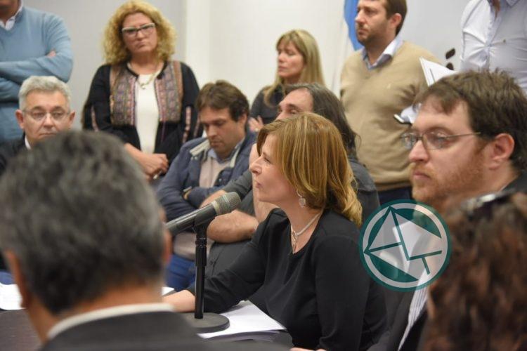 La oposición pidió que se anule la resolución de Vidal que desmantela los Gabinetes EOE 0