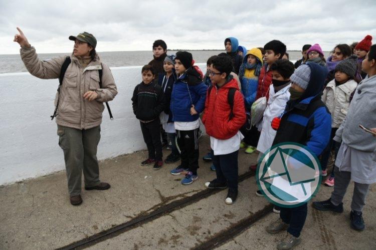 Más de 100 chicos realizaron visitas educativas a la Isla Martín García 1