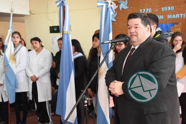 Acto Escolar por el 168 aniversario de la muerte del General San Martín en Berisso1