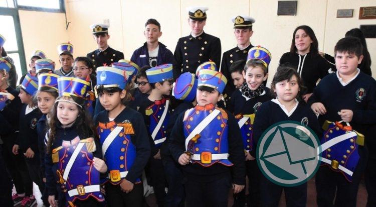 Acto Escolar por el 168 aniversario de la muerte del General San Martín en Berisso4
