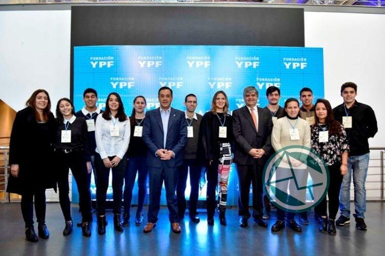 Apertura del 5° Encuentro Anual de Becarios de Fundación YPF 01