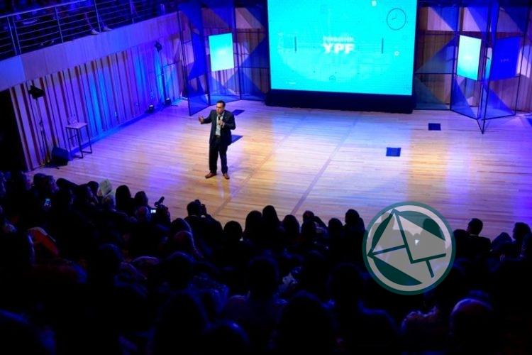 Apertura del 5° Encuentro Anual de Becarios de Fundación YPF 03