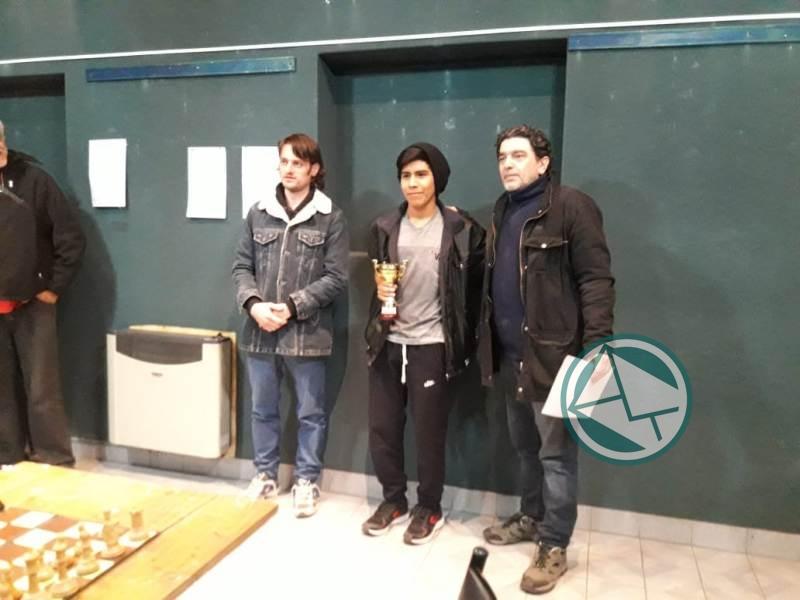 Ariel Veliz se adjudicó el V Abierto de Ajedrez 3