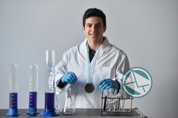 Estudiantes ganaron las olimpíadas internacionales de Biología, Química y Física 2