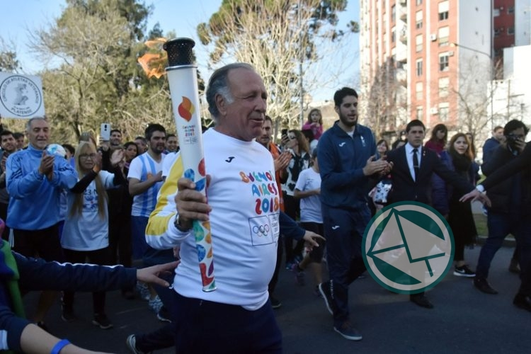 La Plata recibió la Antorcha Olímpica 06