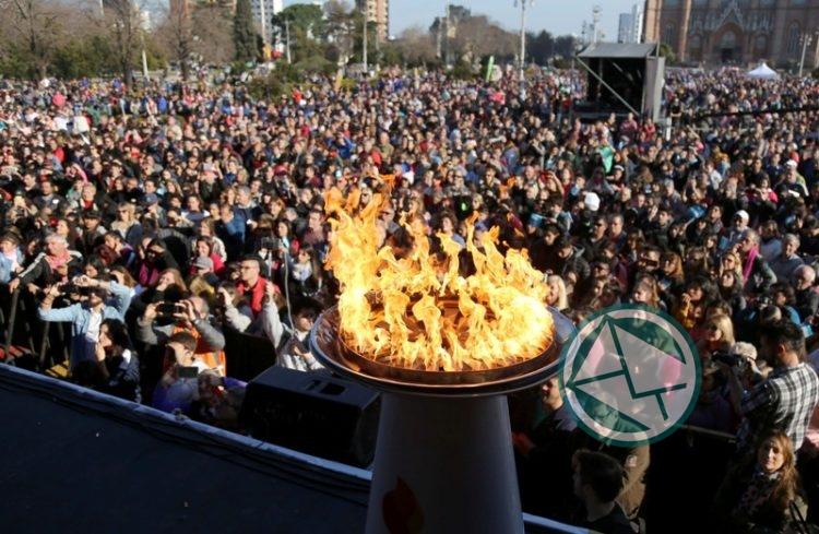 La Plata recibió la Antorcha Olímpica 09