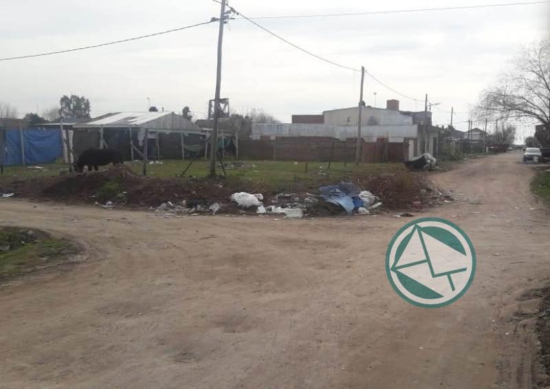 Los de Identidad Berissense pasearon por los barrios para ver las falencias de servicios municipales 01