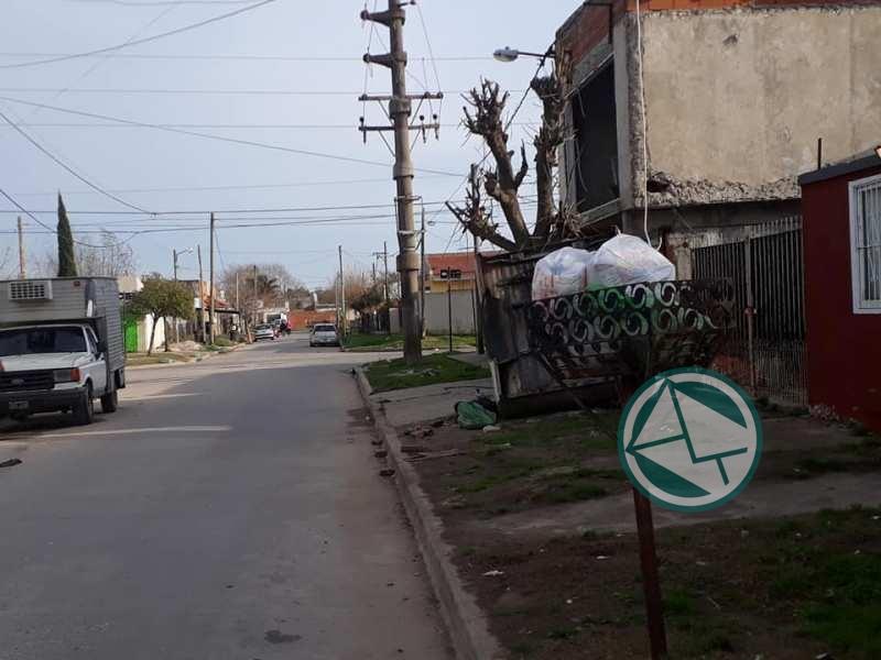 Los de Identidad Berissense pasearon por los barrios para ver las falencias de servicios municipales 09