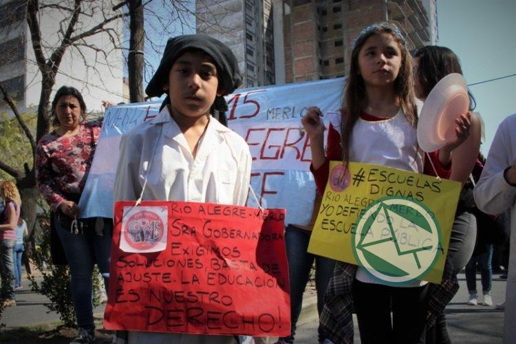 movilización Frente de Unidad Docente, LdeS La Plata 4