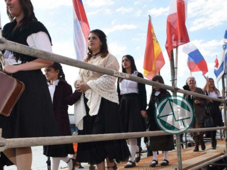 Arribo simbólico en el Puerto La Plata 02