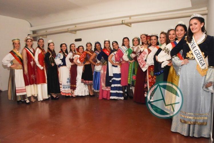 Presentación oficial de las Reinas Juveniles de la Fiesta Provincial del Inmigrante1
