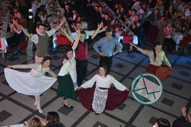Presentación oficial de las Reinas Juveniles de la Fiesta Provincial del Inmigrante4