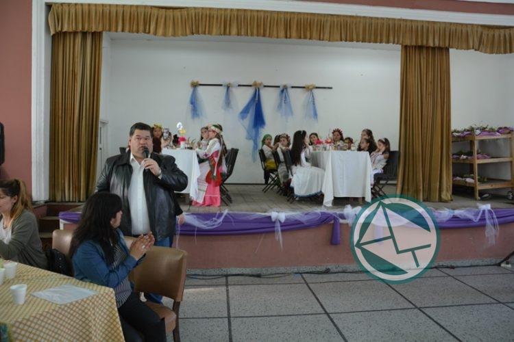 Presentación y reconocimiento a las Reinas Infantiles de las colectividades 0