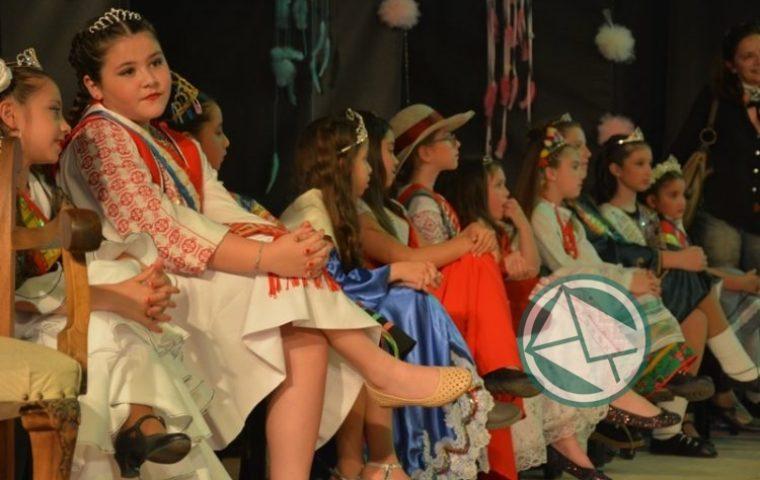 Coronarón Reinas Infantiles del Inmigrante 1