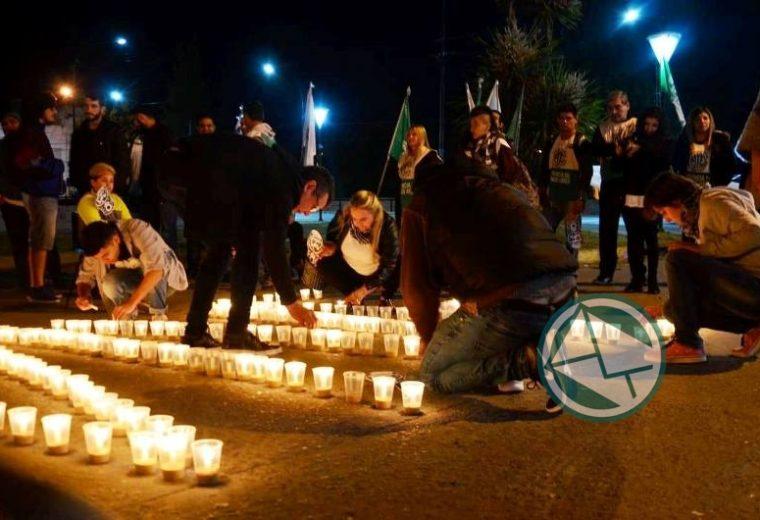 Se llevó la vigilia por el fallecimineto de Néstor Kirchner en Berisso 04