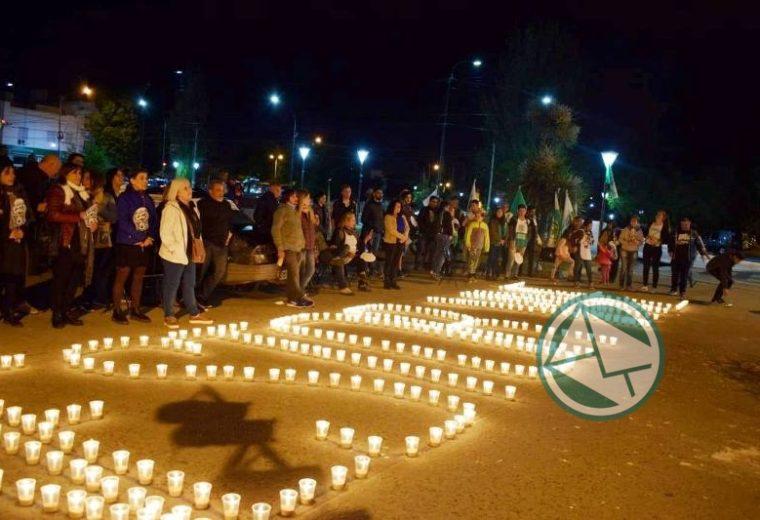 Se llevó la vigilia por el fallecimineto de Néstor Kirchner en Berisso 06