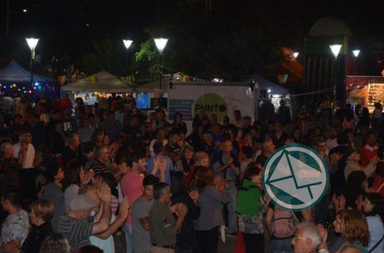 A toda música y baile se llevó adelante la 15° Fiesta del Provinciano en Berisso 02