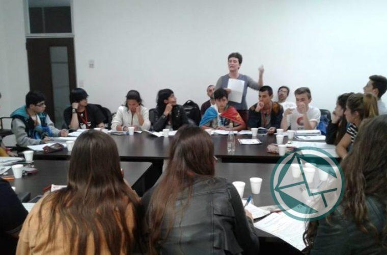 Alumno de Ensenada en el Cuarto Parlamaneto Federal Juvenil del INADI2