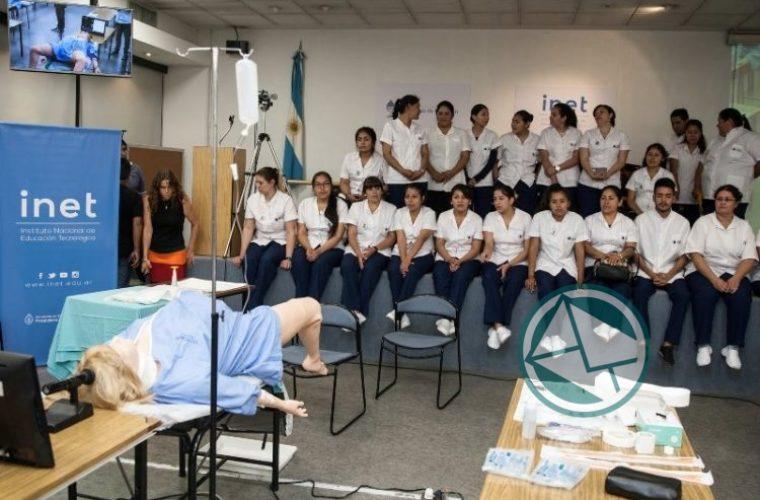 Enfermería, la carrera que eligen 43.000 argentinos 01