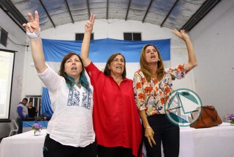 Adriana González encabezó mesa debate de mujeres dirigentes de la Región 5