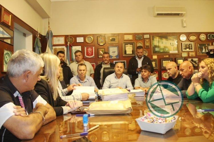 Apertura de la licitación para la obra del Polideportivo Municipal en Punta Lara 1
