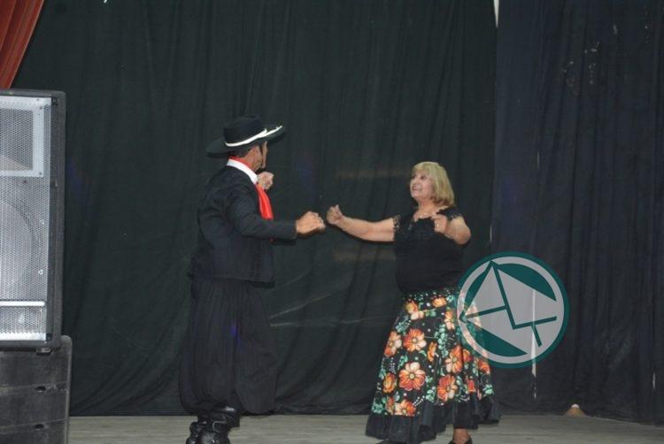 Certamen de danzas folclóricas de la Tercera Edad 1