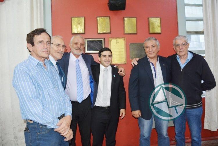 El Concejo de Berisso homenajeó al intendente y concejales electos en 1983 01
