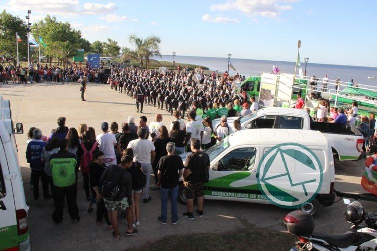 Pesa a la crecida del Río, Punta Lara inauguró la temporada de Verano 04