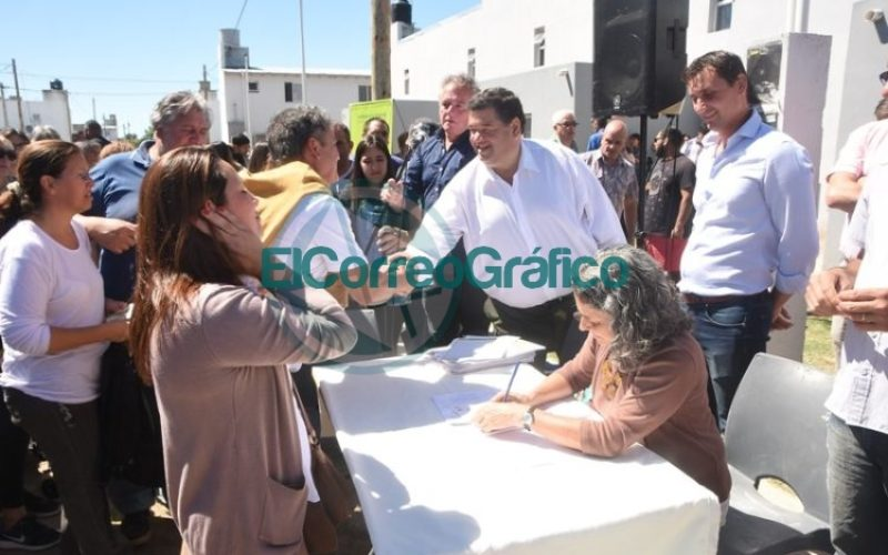 Las últimas 61 viviendas del Barrio Villa Progreso fueron entregadas 06
