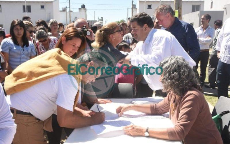 Las últimas 61 viviendas del Barrio Villa Progreso fueron entregadas 07