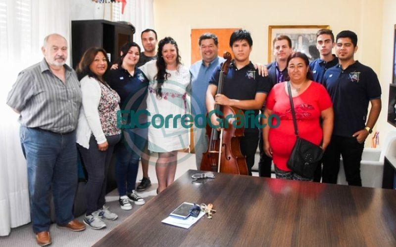 Subsidio para integrantes de la Orquesta Escuela de Berisso viaje a Brasil 03