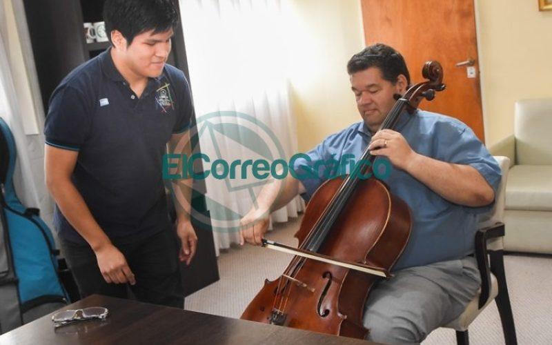 Subsidio para integrantes de la Orquesta Escuela de Berisso viaje a Brasil 06
