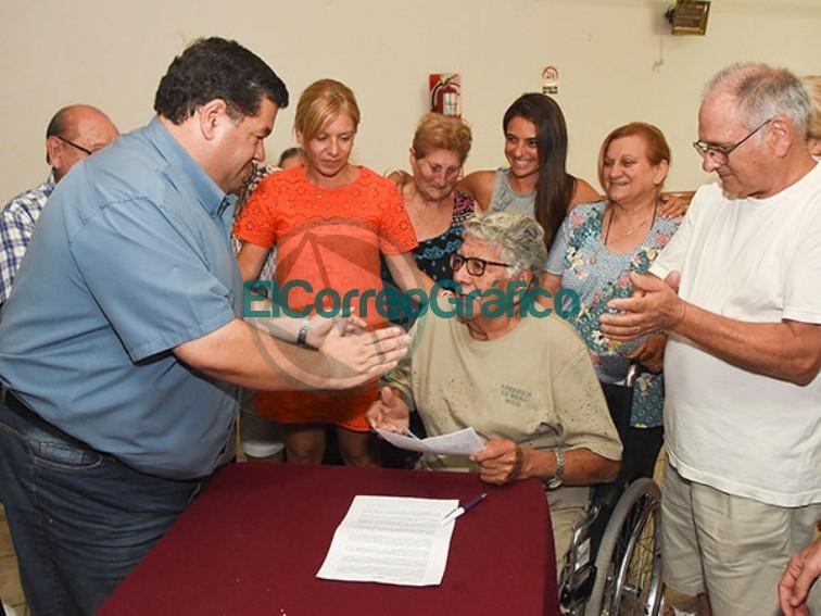 """El Club Abuelos """"Ciudad de Berisso"""" recibió un subsidio de PAMI 0"""